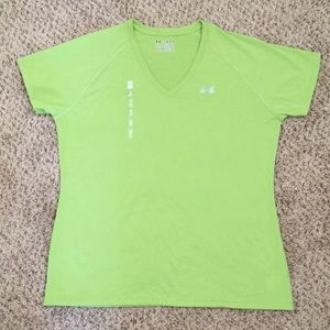 Under Armour Semi Fitted Heat Gear workout shirt